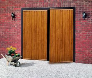 Krídlová garážová brána vzor drevo